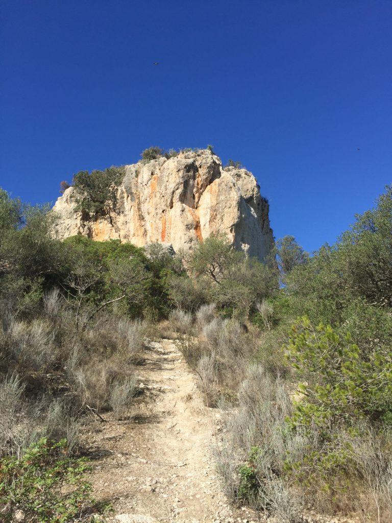 Auf in die Steinzeit zum Puig de Sa Morisca - Da geht es hoch!