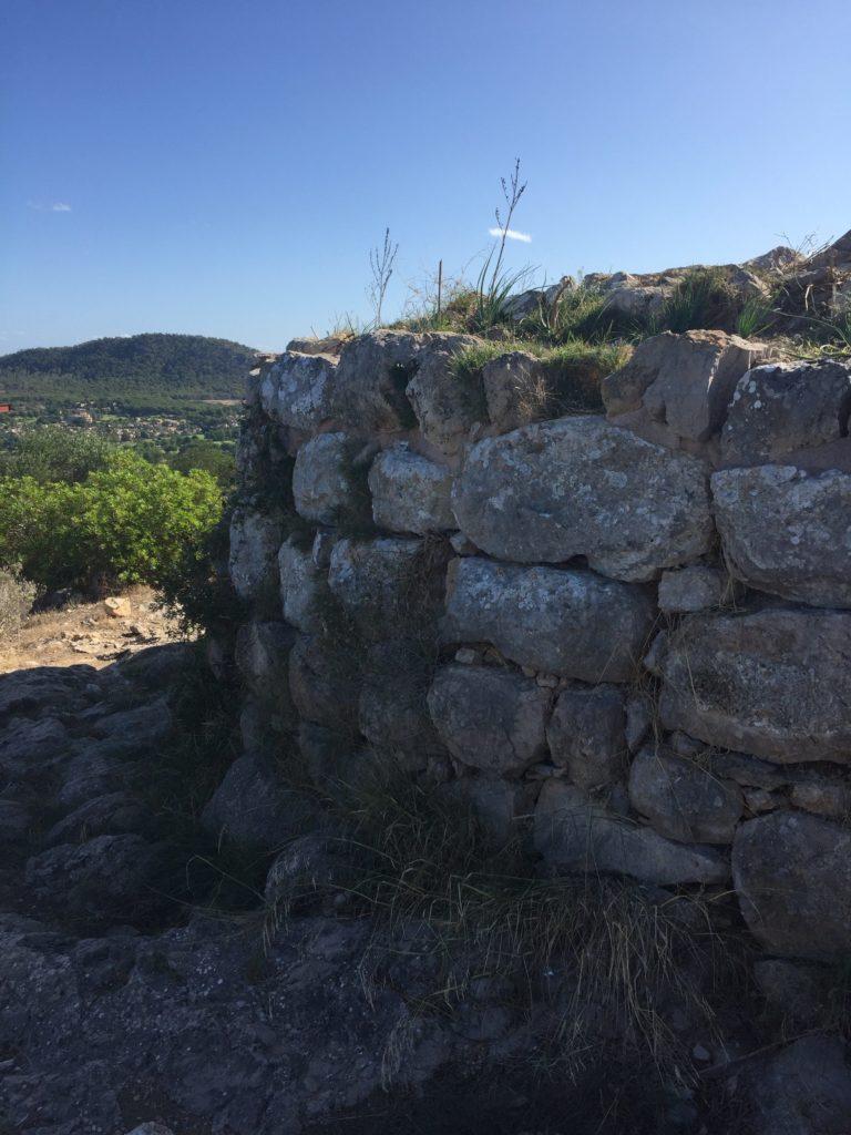 Auf in die Steinzeit zum Puig de Sa Morisca 2