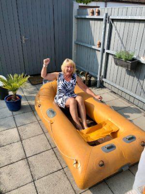 1 toller Tag mit dem Schlauchboot auf der Alz - Karens gelbes Schlauchboot