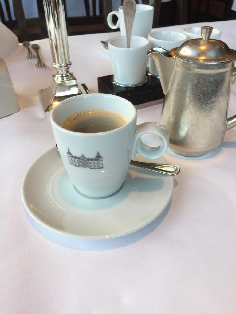 Kaffee im Schloss Hugenpoet