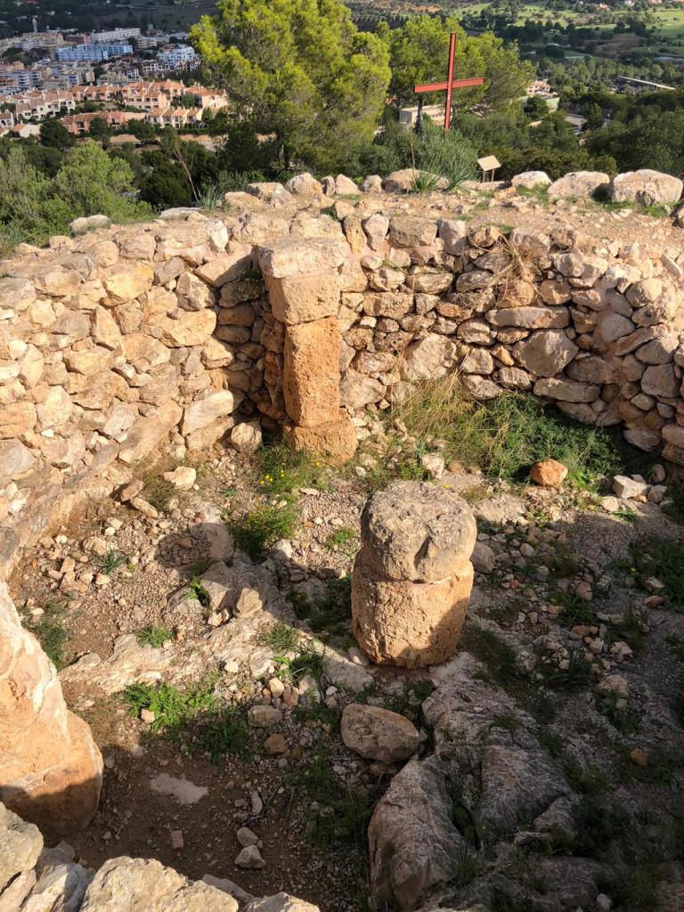 Die Geschichte Mallorcas zusammengefasst - Talayot in Santa Ponsa