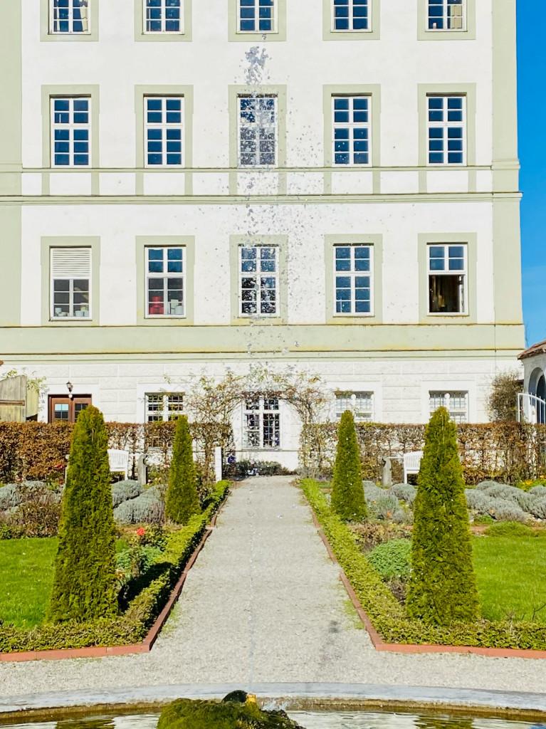 7 Kostbarkeiten am Isarkanal: Kloster Schäftlarn bis Ickinger Wehr - Prälatengarten