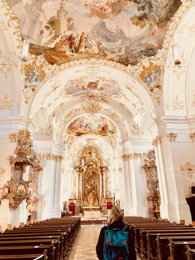 Kostbarkeiten am Isarkanal: vom Kloster Schäftlarn zum Ickinger Wehr - Rokokokirche zum Staunen