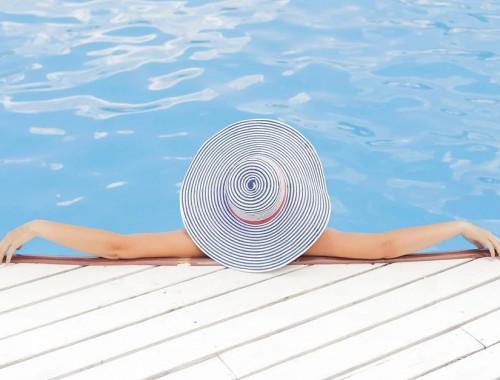 Wie bleibe ich fit im Urlaub? Sonne, Strand und mehr