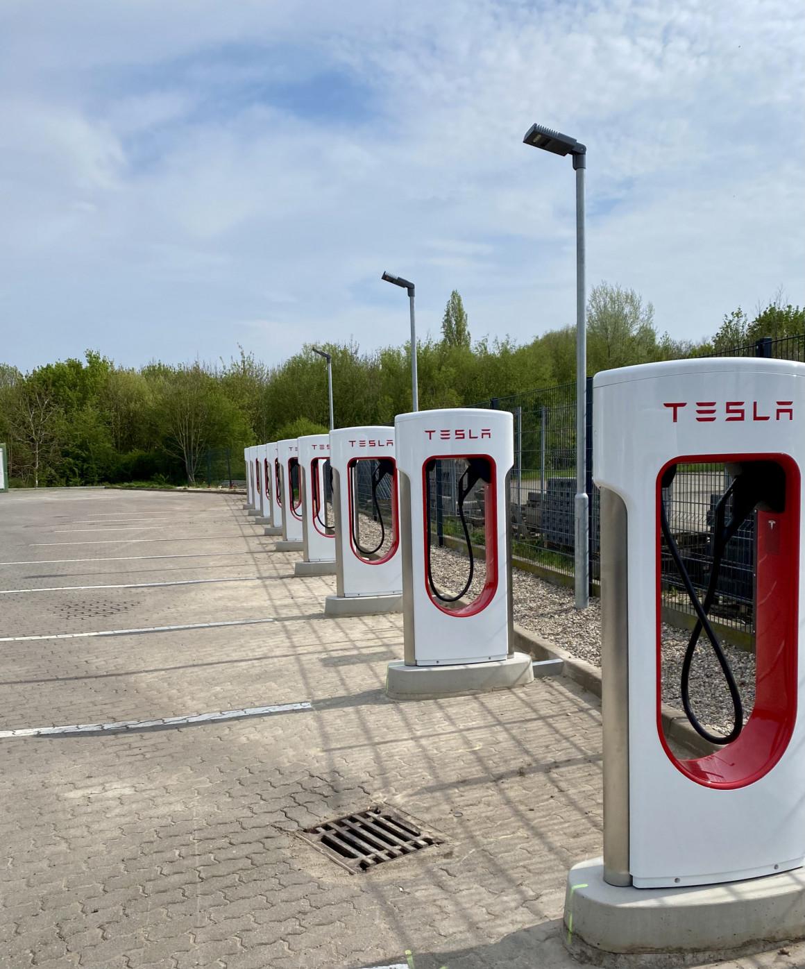 Im Tesla München-Kiel-München in 3 Tagen: ein Powertrip