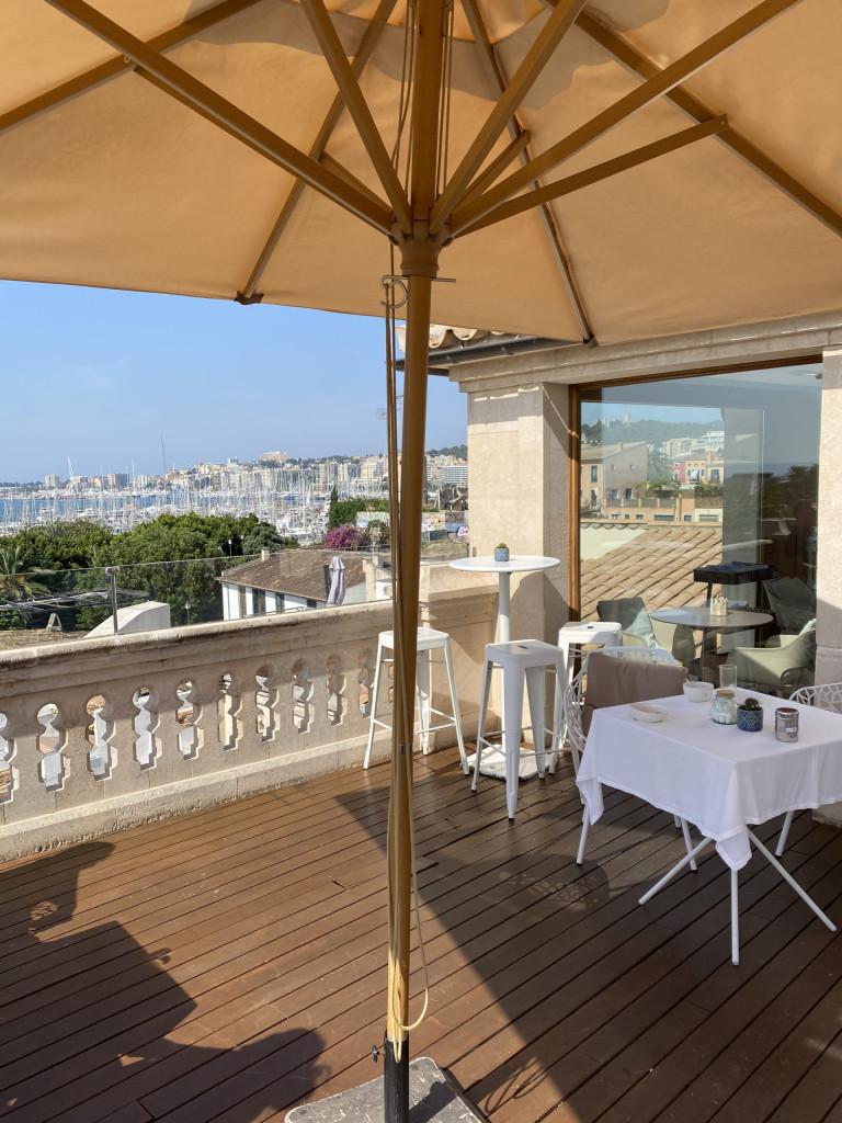Meine Top1 Rooftop Bar in Palma - Blick auf den Yachthafen
