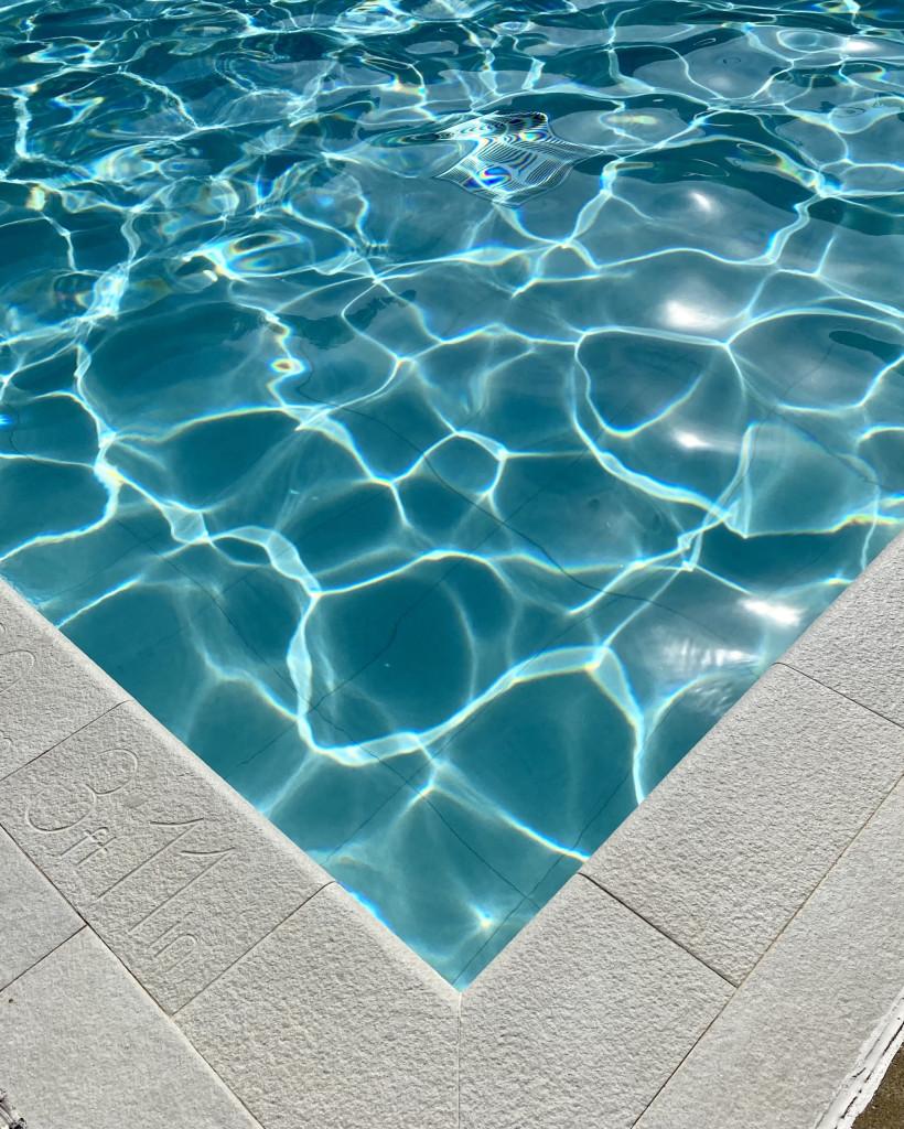Ab in den Pool in Borgo alle Vigne!