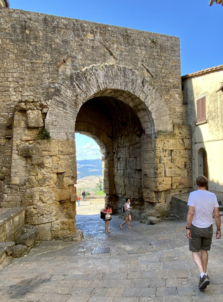 Antikes Stadttor in Volterra, Porta all`Arco