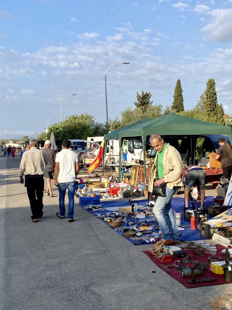 Mallorca Flohmarkt in Consell - Großartig und voller Kuriositäten 2