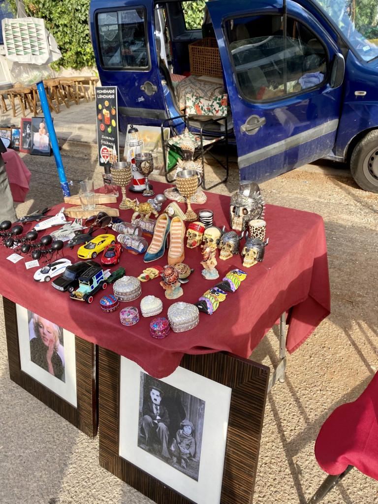 Flohmarkt in Consell - großartig und kurios