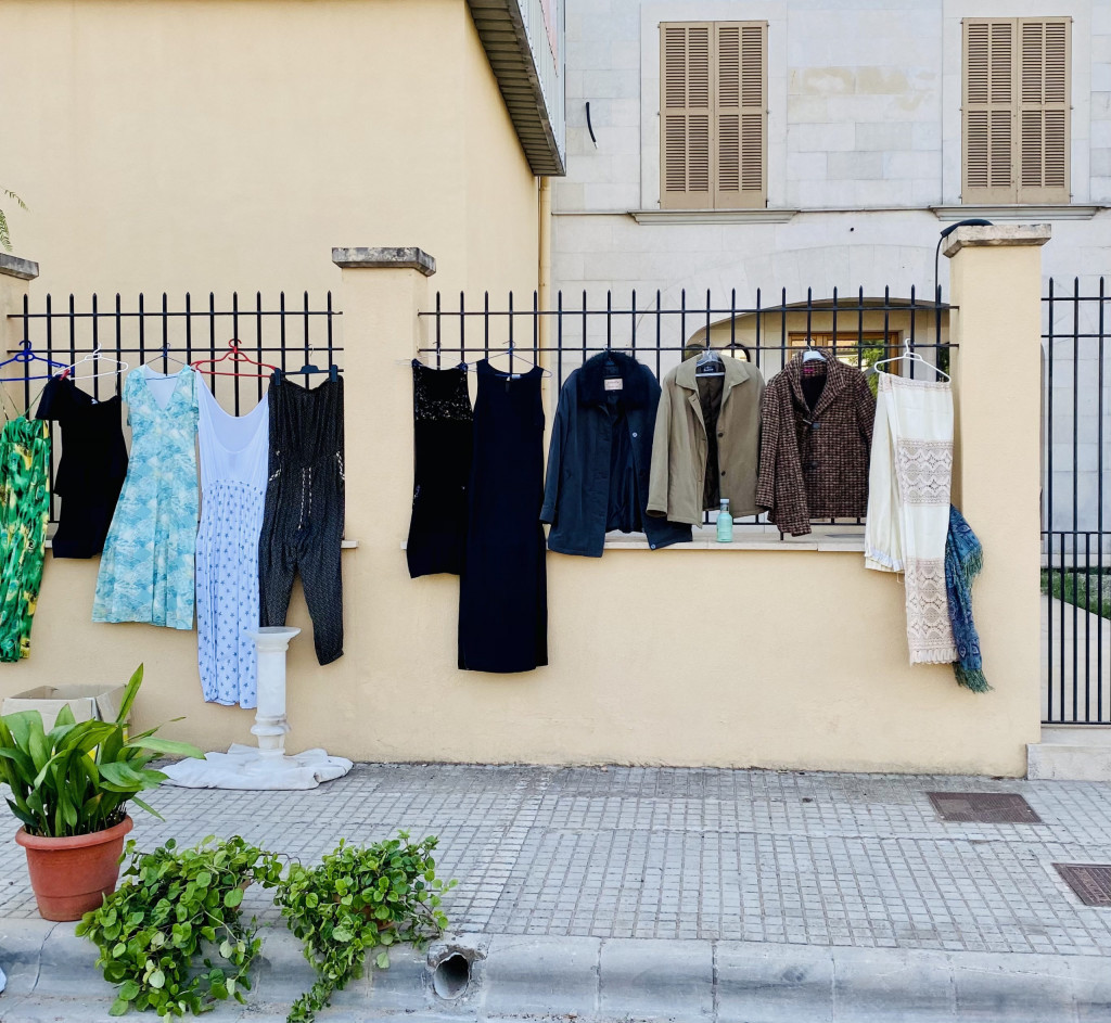 Mallorca Flohmarkt in Consell - Großartig und voller Kuriositäten 1