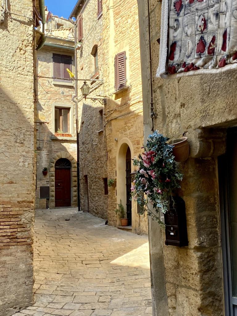 In der Altstadt von Volterra