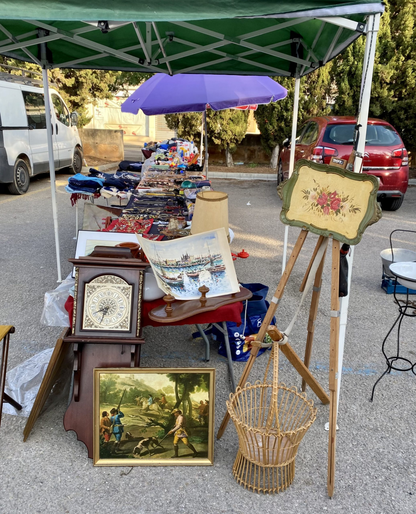 Mallorca Flohmarkt in Consell - Großartig und voller Kuriositäten
